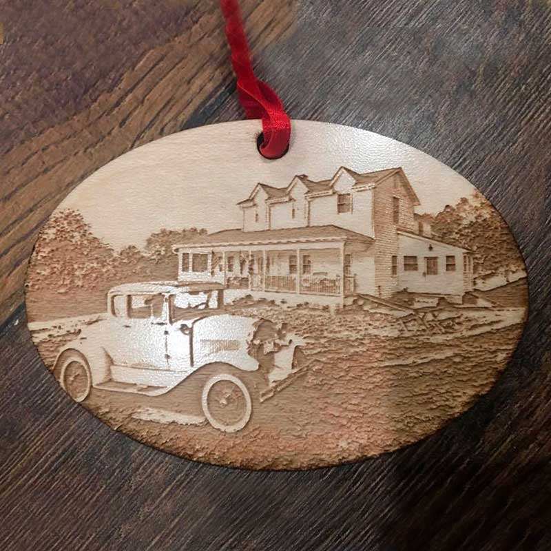 Wooden Ornament - BnB and Car